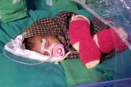 Bebê passou um mês internada em UTI infantil