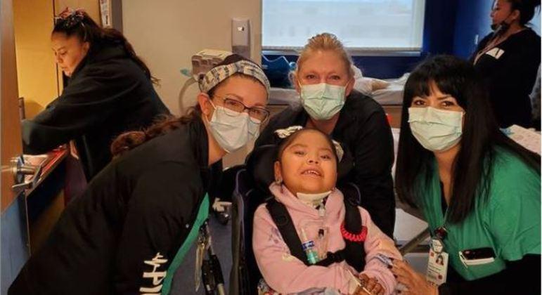 Garota foi tratada por dezenas de profissionais de saúde
