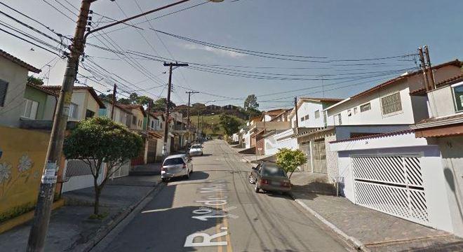 Rua em que menina morreu após ter sido mordida por cachorro