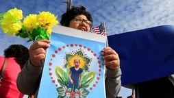 Pai de menina que morreu presa na fronteira dos Estados Unidos pede justiça ()