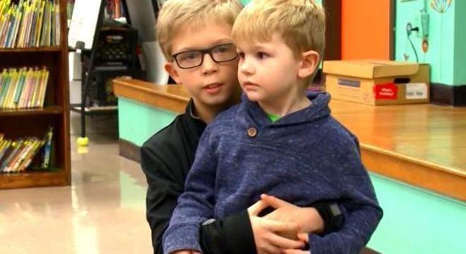 Timothy salvou o primo ao lembrar-se de vídeo que viu pela internet