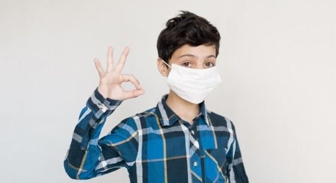 Uso de máscara será obrigatório para crianças a partir de 12 anos