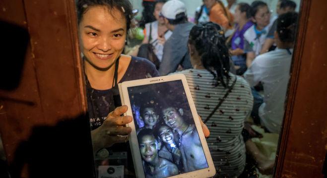Família emocionada com primeira imagem dos jovens