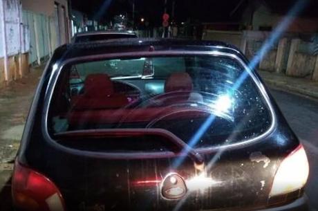Veículo furtado por menor de dez anos flagrado ao volante