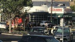 Homem armado é preso após invadir mercado em Los Angeles, nos EUA ()