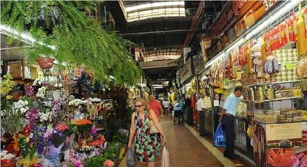 Lojas do Mercado Central voltam a abrir