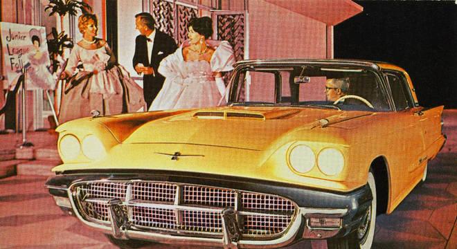 Ford Thunderbird de 1960: padrão antigo de pintura é a busca de muitos colecionadores