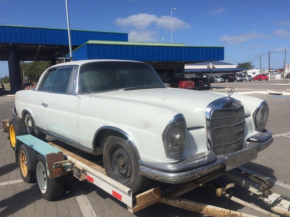 Anterior Para Quem Ama Carros Antigos E Vive Buscando Uma Oportunidade Para  Colocar Uma Relíquia Na Garagem