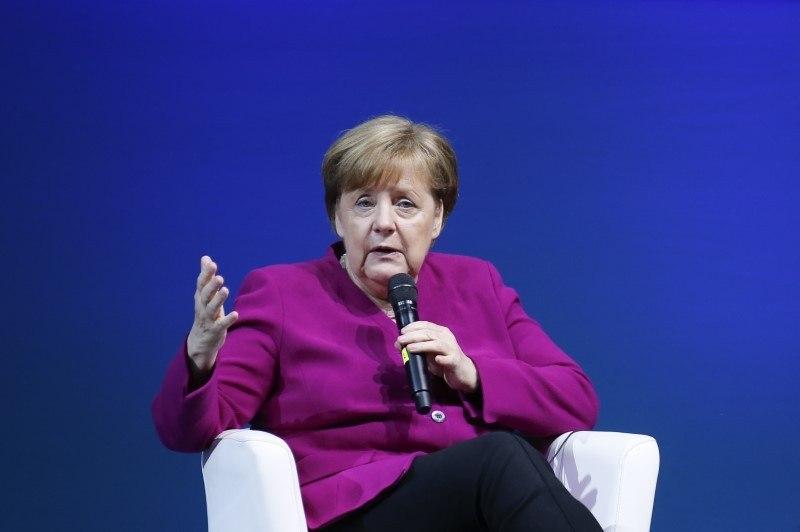 Europa busca proteger interesses no Irã após saída dos EUA de acordo
