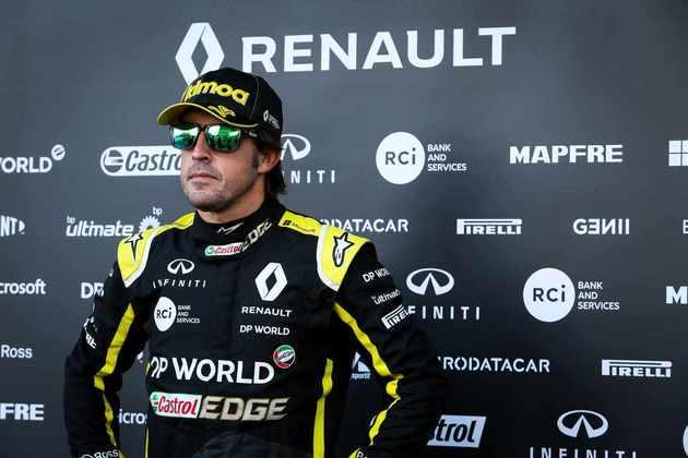 Mesmo assim, Alonso ficou menos enferrujado. O último contato do espanhol com um carro de F1 foi mais de um ano atrás, em abril de 2019, quando a McLaren o convidou para teste coletivo no Bahrein