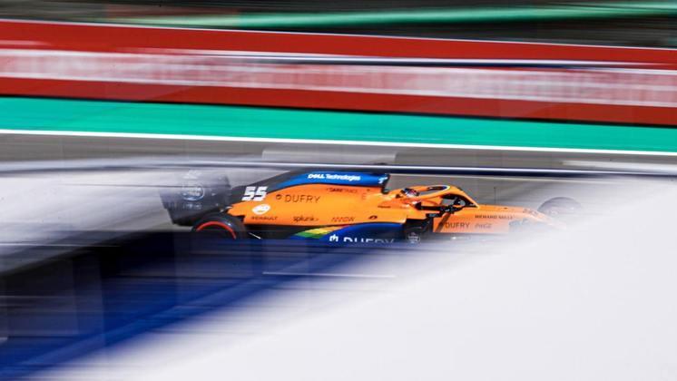 Mesmo assim, ao ver Sainz superar a Racing Point, McLaren vê que também se beneficiou bem da evolução do motor francês (Foto: McLaren)
