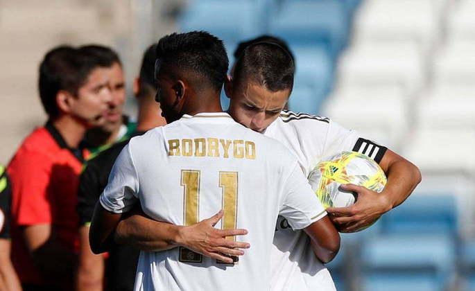 Mesmo tendo agradado nos amistosos, fez escala no Real Madrid B, que disputa a segunda divisão do Campeonato Espanhol, antes de ascender ao time principal.