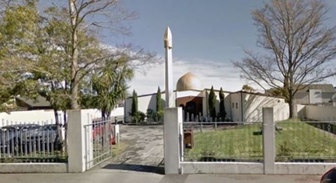 Entre os fiéis que estavam na mesquita, estavam vários visitantes de Bangladesh