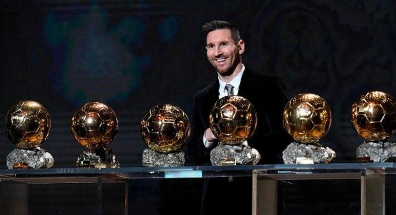 As cobiçadas seis bolas de ouro.  Atuações impressionantes no Barcelona