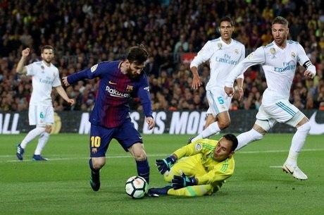 Messi desequilibrou no segundo tempo do clássico