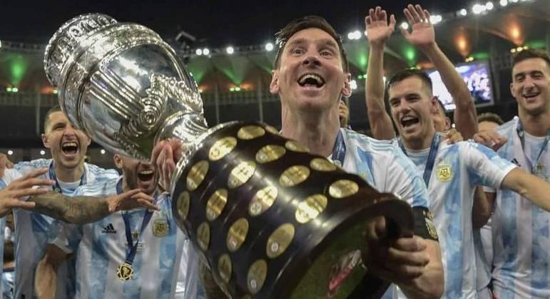 Messi e o primeiro troféu arrebatado pela Argentina em 28 anos
