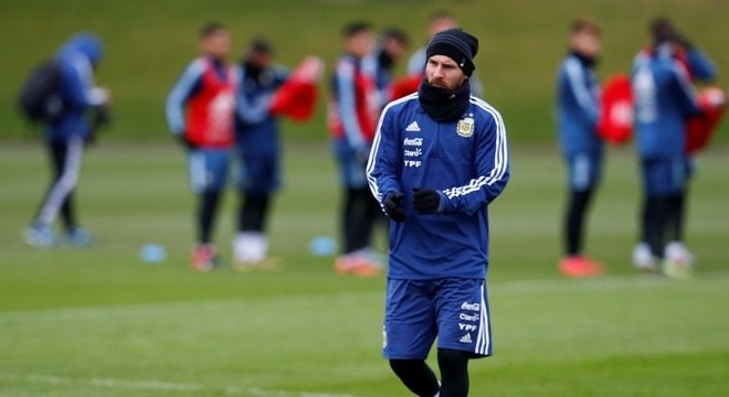Messi no treino da seleção argentina para o amistoso contra a Espanha