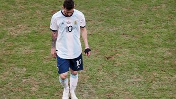 Desorganização da Copa América presenteia os truculentos paraguaios (Reprodução/Sportv)