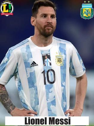 Messi - 5,5 - Melhor jogador da Copa América, o camisa 10 esteve apagado na final. No fim do jogo, ainda perdeu um gol que não costuma perder.