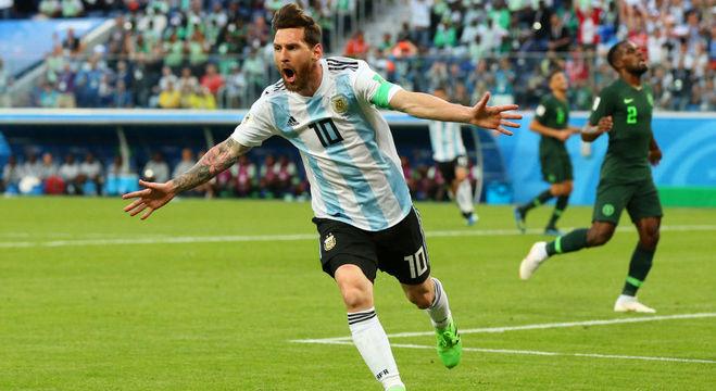 Messi comemora seu primeiro gol pela Argentina na Copa 2018