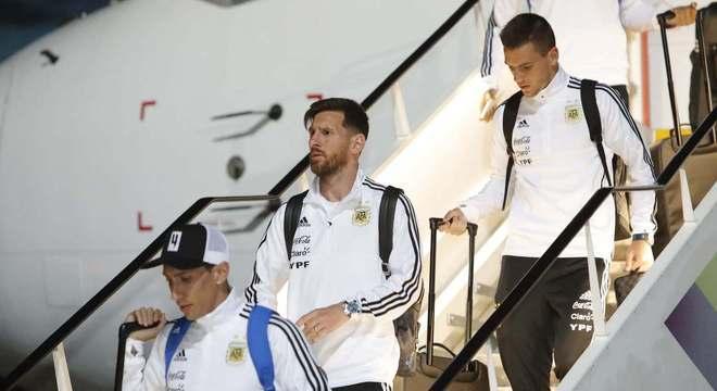 4cf30326f5 Argentina chega a Moscou para disputar Copa da Rússia - Esportes ...