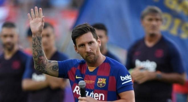 """Messi (Corinthians e São Paulo) - Em 2011 Messi deu uma entrevista para a revista infantil """"Recreio"""" e falou sobre a possibilidade de jogar no Brasil. """"A verdade é que times como São Paulo e Corinthians são equipes em que qualquer jogador gostaria de estar"""""""