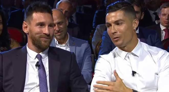 Messi e Cristiano Ronaldo, no evento da FIFA em 2019