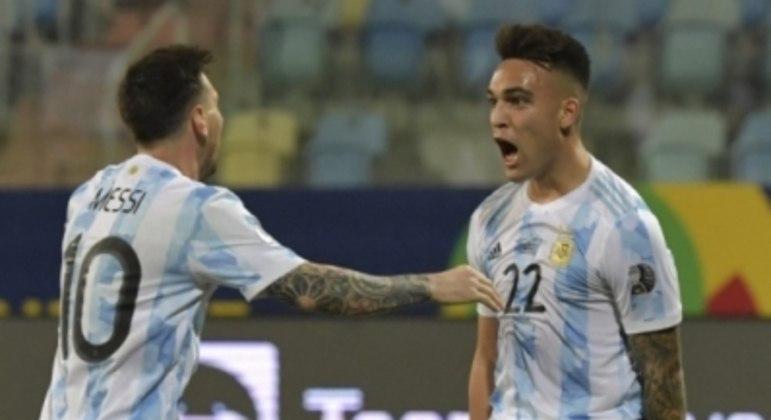 Messi e Lautaro Martinez - Argentina x Equador