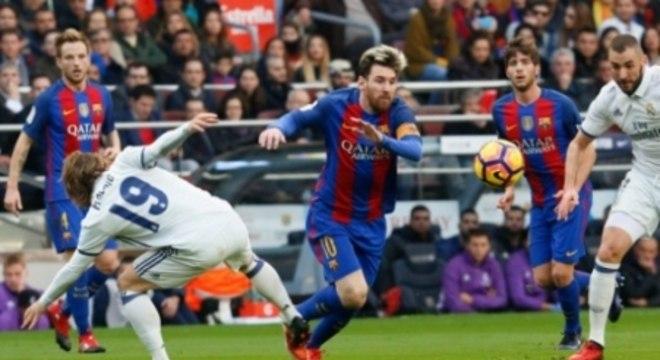 Messi em ação no clássico