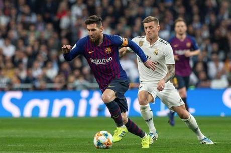 Messi e Kroos foram adversários na Espanha
