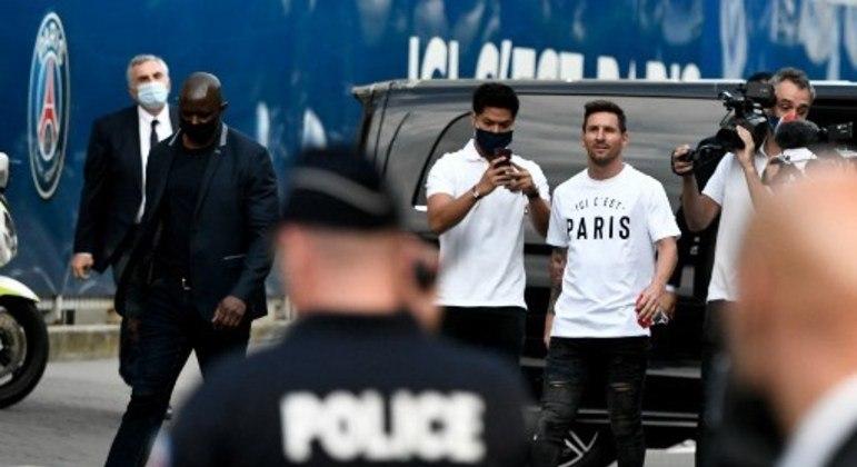 Messi chega ao Parc des Princes