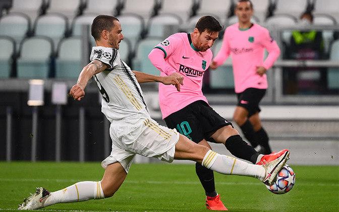 Messi precisou de 25 partidas para marcar 12 gols na Liga dos Campeões.