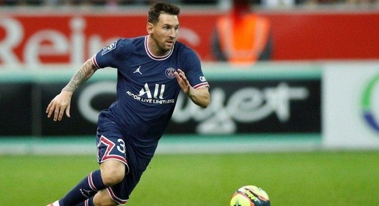Messi deve estar presente no confronto do PSG com o Manchester City, diz treinador