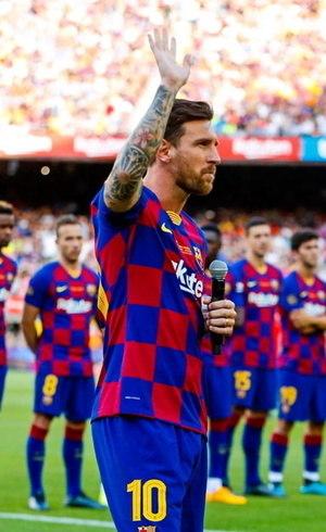 Messi contesta multa de R$ 4,3 bilhões para sair do Barcelona