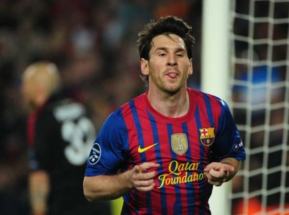 Messi também é o único jogador da história do Barcelona que marcou em seis competições oficial num mesmo ano. O feito foi alcançado em 2011.