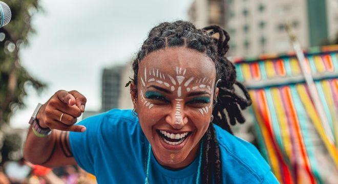 Mestra de bateria, Silvanny Sivuca traz jovens periféricos para o Carnaval de SP