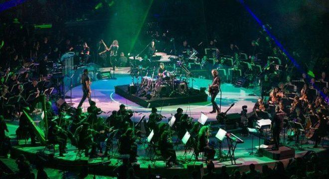 Filme do Metallica faz baita grana na bilheteria e ganha mais sessões