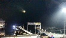 Câmera flagra meteoro ao cruzar o céu do Reino Unido; assista