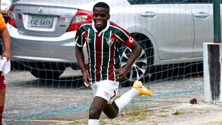 Metinho - Posição: volante/meia - Clube: Fluminense - Idade: 18 anos - Situação: comprado pelo Grupo City e emprestado ao Troyes, da França, Metinho deixou o Fluminense com o status de potencial craque no meio-campo.
