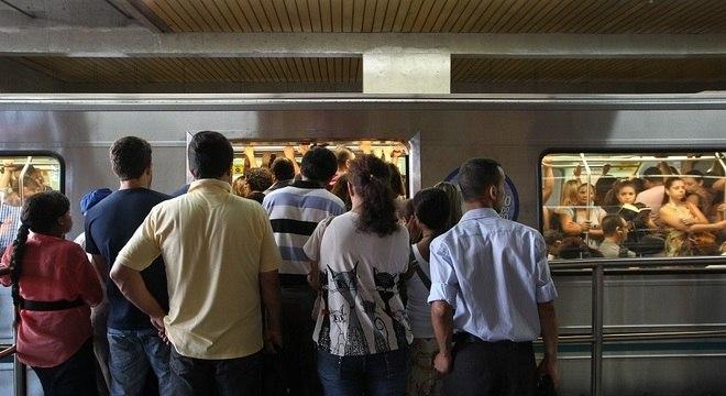 Mesmo após suspensão de greve, rodízio de veículos continua suspenso em SP