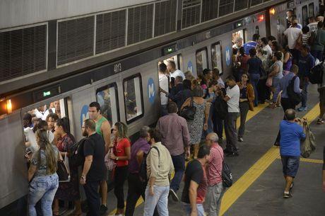 Metrô vai disponibilizar carros extra
