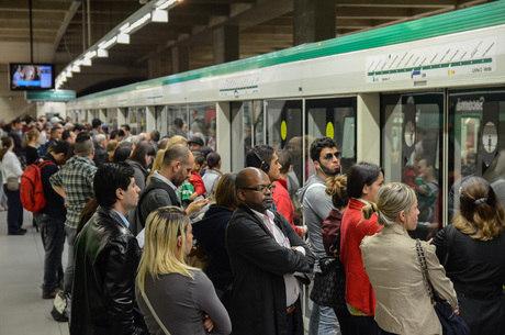Justiça determina 100%  do Metrô no horário de pico