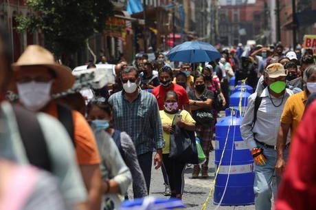 México se torna 4º país com mais mortes por covid