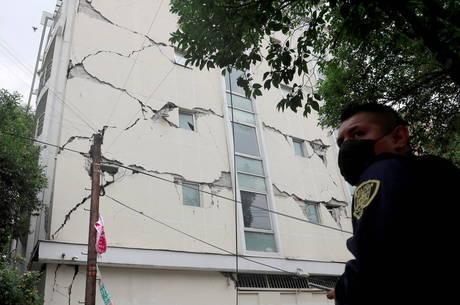 Pelo menos 6 pessoas morreram em terremoto