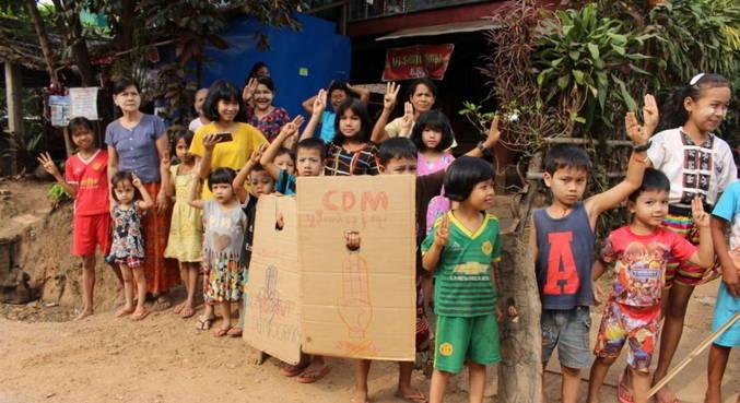 Mais de 40 crianças morreram em protestos em Mianmar