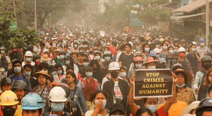 Pelo menos 107 pessoas morreram nos protestos de sábado (27)
