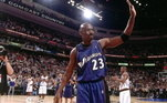 A mais recente peça a ser leiloada é a última camisa usada por Michael Jordan na NBA. A camisa foi vestida pelo astro no dia 16 de abril de 2003, no jogo entre Washington Wizards e Philadelphia 76ers, no último dia da temporada regular da temporada 2002/2003