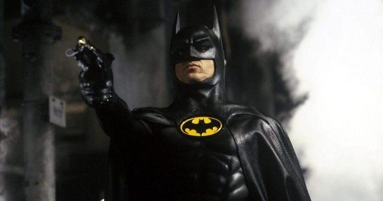 Michael Keaton, Batman (1989) e Batman: O Retorno(1992): anos depois da última aparição de Batman nos cinemas, o ator, hoje já consolidado em Hollywood, ganhou fama interpretando o Homem-Morcego nos filmes de Tim Burton. Ele voltará a interpretar o herói em The Flash, que será lançado em 2022Veja:Nos quadrinhos, Michael Keaton já é novamente o Batman