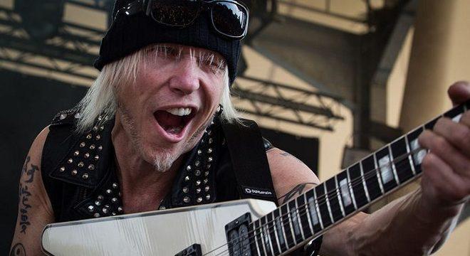 """Michael Schenker detona irmão mais velho e o Scorpions: """"ele me copia"""""""