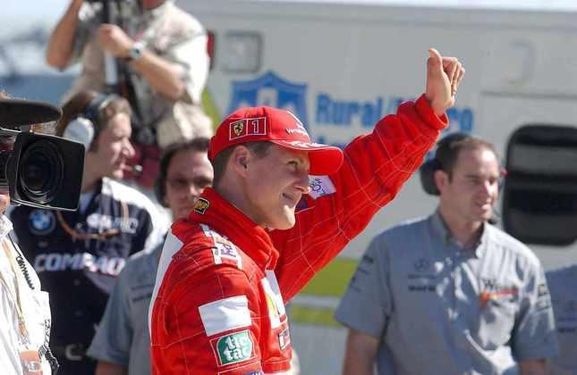 Michael Schumacher brilhou no início 2000 quando conseguiu cinco títulos com a Ferrari